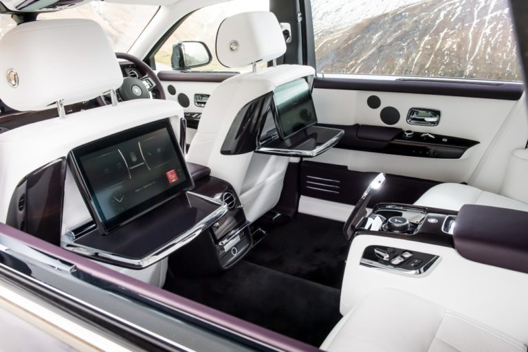 Аренда Rolls Royce Phantom под такси